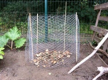 novice gardener's first leaf heap